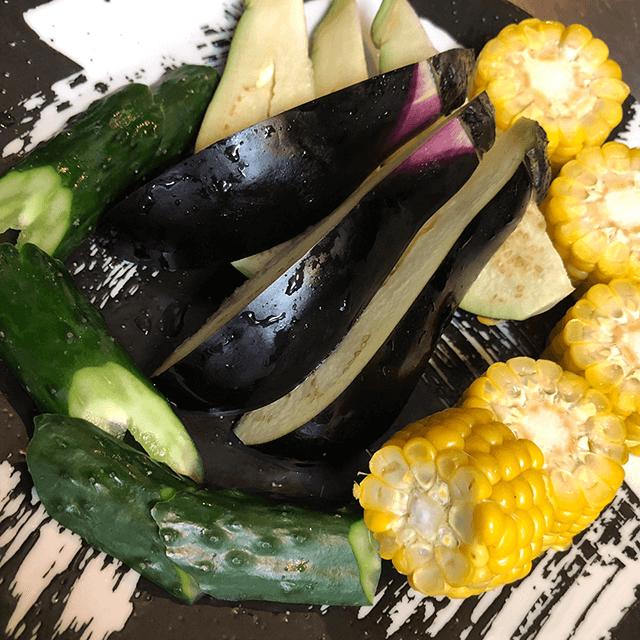 卓に彩を添える 旬野菜